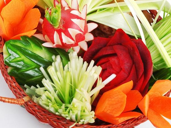Kurs sporządzania potraw z warzyw i owoców z elementami carvingu 16 h